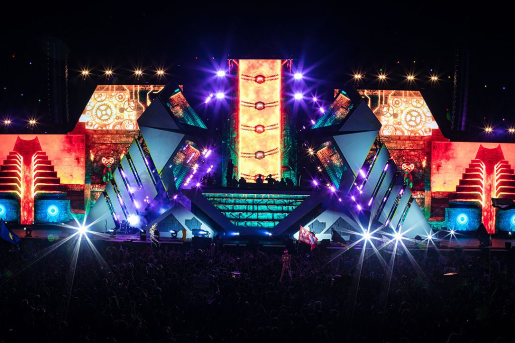 bassPOD stage -- dubstep, bass house, drum & bass, and trap