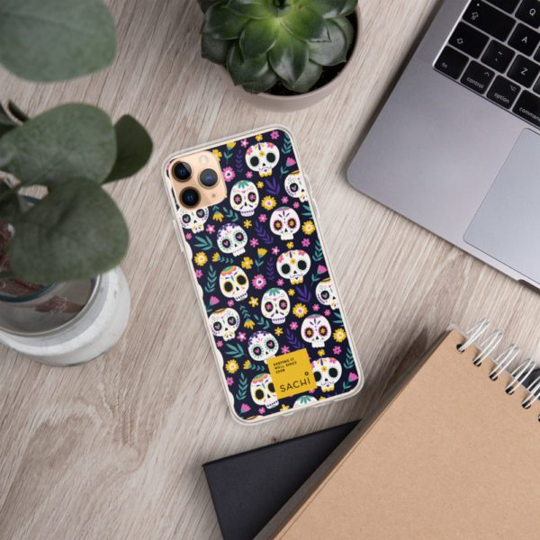iphone case iphone 11 pro max lifestyle 4 61393605a67a7
